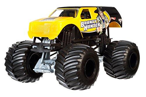 Hot Wheels Monster Jam 1:24 Scale Bounty Hunter Vehicle ()