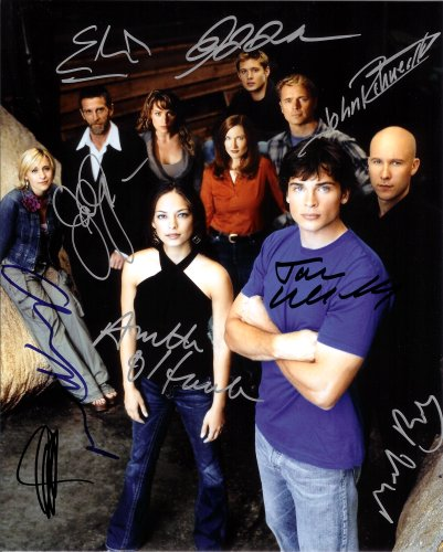 Smallville TV Series Cast Signed Autographed 8 X 10 Reprint Photo - (Mint Condition)