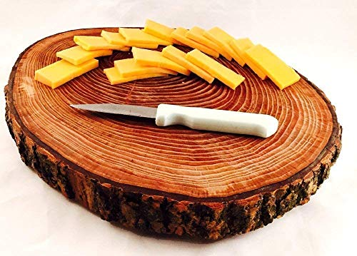 Round Tree Wood Cutting Board & Serving Tray with Bark ()