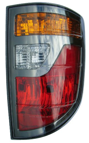Eagle Eyes HD474-U100R Honda Passenger Side Rear Lamp