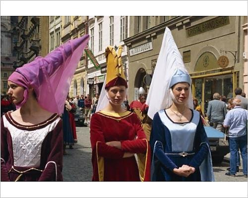 Robert Harding 10x8 Print of Medieval parade in the Little Quarter, Prague, Czech Republic, Europe (Location De Costumes Medievaux)