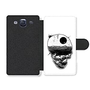 Skull with Night Sky and Bats over Ocean Illustration in Black and White Funda Cuero Sintético para Samsung Galaxy S3