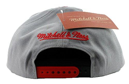 56d13771fa9 Chicago Bulls Hat Mitchell   Ness Snapback Hat Custom Snapback Cap