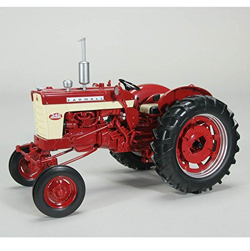 Farmall 340 Wide Front Tractor 1/16 by Speccast ZJD1769