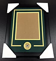 GREEN BAY PACKERS Medallion Frame Kit 8x10 Photo Double Mat VERTICAL