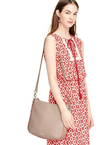 a64761599bf26 Kate Spade New York Cobble Hill Small Ella Pressed Powder Flo Geranium   Amazon.ca  Shoes   Handbags