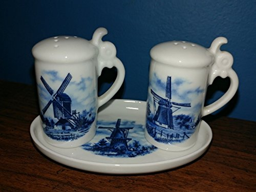 TER STEEGE HOLLAND DELFT WINDMILL 3 PIECE SALT PEPPER SET WITH TRAY HAND DECORATED & PAINTED