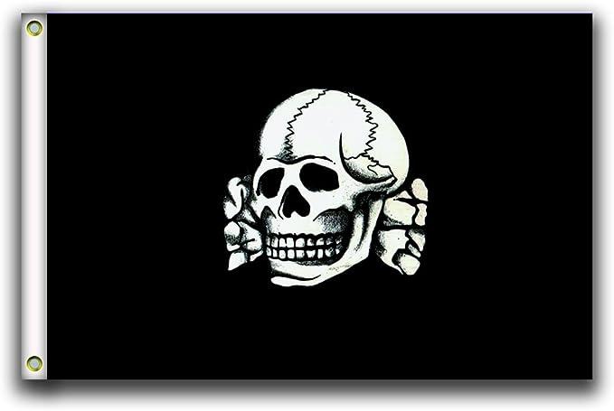 Acheter drapeau tete de mort online 1