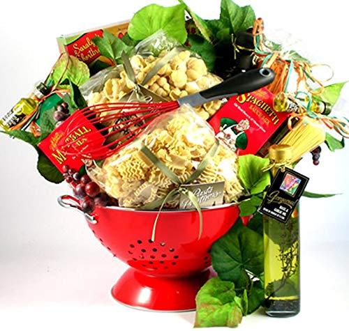 (A Taste Of Italy, Italian Gift Basket with Artisan Pastas and Authentic Italian Sauce Mix In Deluxe Colander, 9 pounds (Medium))
