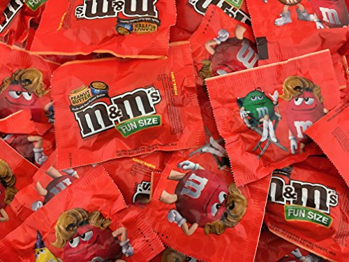 M&M's Peanut Butter, Fun Size Candy, Bulk Pack 50-ct (Pack of 2 Pounds) by M&M's