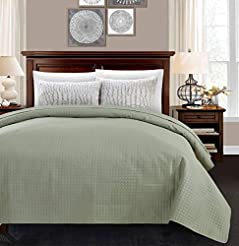 ALPHA HOME Light Weight Quilted Bed Quil...