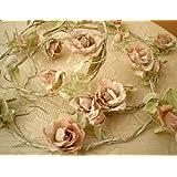 Sass & Belle Ghirlanda decorativa con rose rosa artificiali, con filo di ferro, elegante