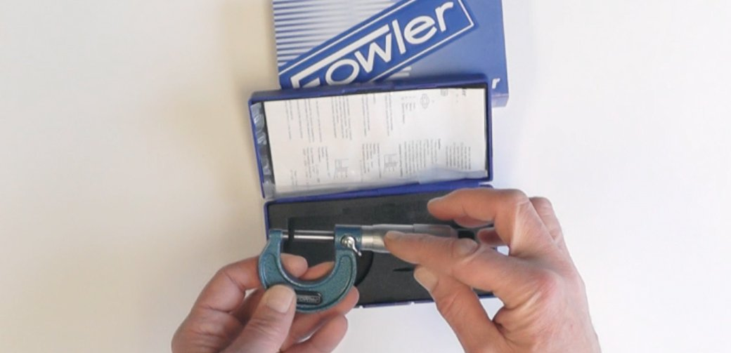 0.0001 Graduation 1-2 Measuring Range Fowler 52-240-002-1 52-240 Series Outside Inch Micrometer Friction Stop Thimble