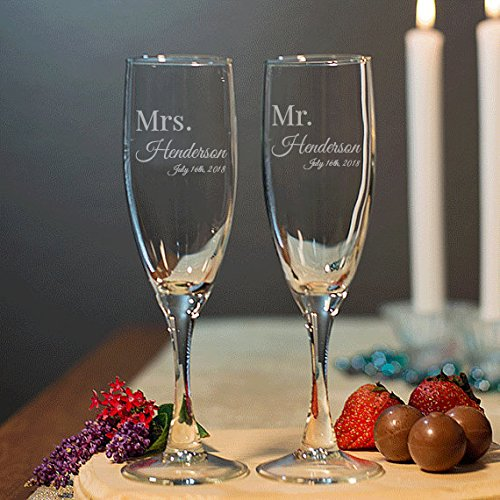 Mr and Mrs Toasting Flute, Toasting Glasses, Anniversary Gift, Engagement Gift, Bridal Shower Gift