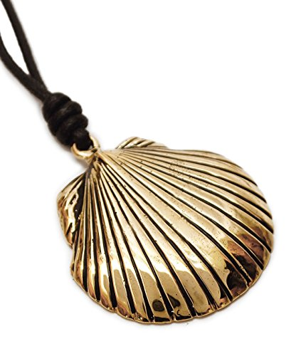 Clam Shell Oyster Gold Brass Charm Necklace Pendant Jewelry ()