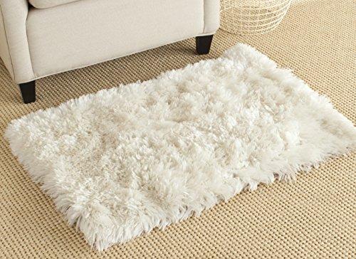 Safavieh Arctic Shag Collection SG270A Handmade Ivory Polyester Area Rug (2