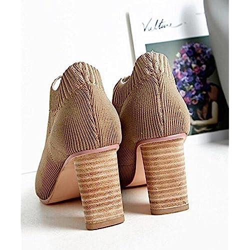 Delicado Calcetines de Mujer Botas de Punto de Lana Zapatos de Punta  Puntiaguda c425b2ea3027