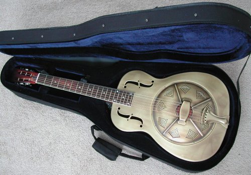 (Aiersi Golden Brass Resonator Guitar Classic Single Cone Palm Tree Etched with Foam Case)