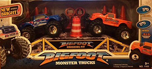Bigfoot Monster Truck - New Bright Wheels Bigfoot Monster Trucks Set (2 Motorized Trucks)