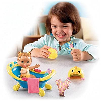 Fisher-Price Snap 'n Style Babies - Bathtime for Kira: Toys & Games