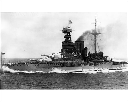 Queen Elizabeth Battleship - 9