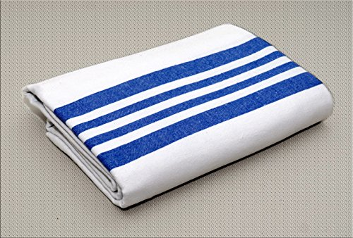Olympus Heavy Napping Confort Blankets (White with Blue Stripe) by BH Medwear