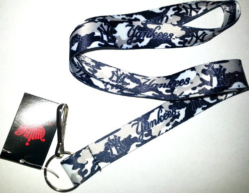 - MLB New York Yankees Team Color Camouflage Lanyard