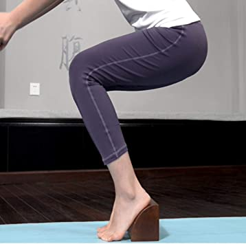 Amazon.com: DLT - Bloque de madera de roble para yoga y ...