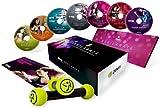 Zumba Fitness DVD Pack - Producto oficial Zumba - Programa Nuevo completo 'Exhilarate Body Shaping System' en Español, Inglés y Alemán. - 8 sesiones en 7 DVD's y pesas de