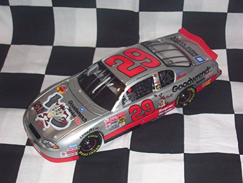 NASCAR 2001 Yellow Rookie Stripes Kevin Harvick GM Dealers Goodwrench Service Looney Tunes Taz RCR Monte Carlo 400 1/24 Scale Diecast Hood Opens Trunk Opens 3504 Made Revell Collection with COA ()