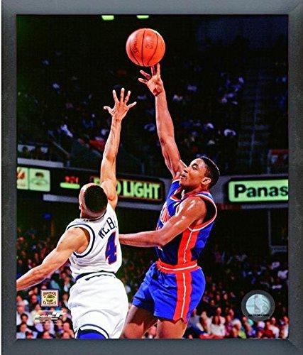 Isiah Thomas Detroit Pistons NBA Photo (Size: 12
