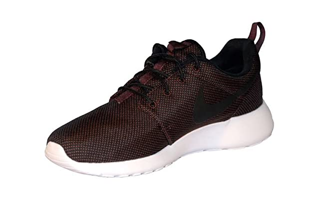 new concept 1b240 e14b1 Amazon.com   Men s Nike Roshe One Premium Running Shoes (8.5)   Road Running