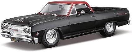 Amazon Com Maisto 32517 1965 Chevrolet El Camino Matt Black Outlaws 1 25 Diecast Model Car Toys Games