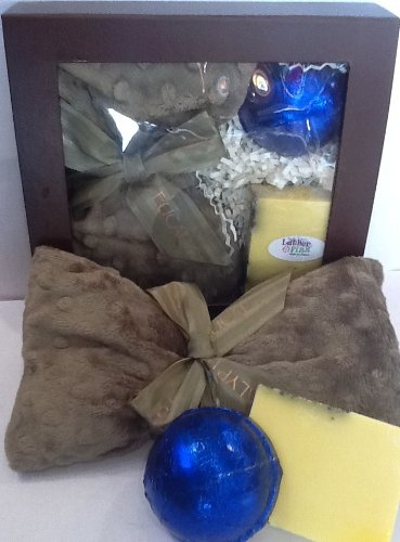 - Wind Down and Relax with Eucalyptus Gift Pack