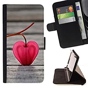 DEVIL CASE - FOR Apple Iphone 4 / 4S - Red Leaf Heart - Style PU Leather Case Wallet Flip Stand Flap Closure Cover