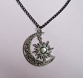 Amazon sun and moon friendship necklace jewelry bbf necklace sun and moon friendship necklace jewelry bbf necklace charm jewelry bff necklace mozeypictures Gallery