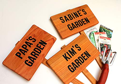 (PAPA'S Garden Sign, Personalized Garden, Cedar Wood Sign: Hand Routed, Custom Name, Gift for gardener, Gift for Grandpa, Dad Gift)