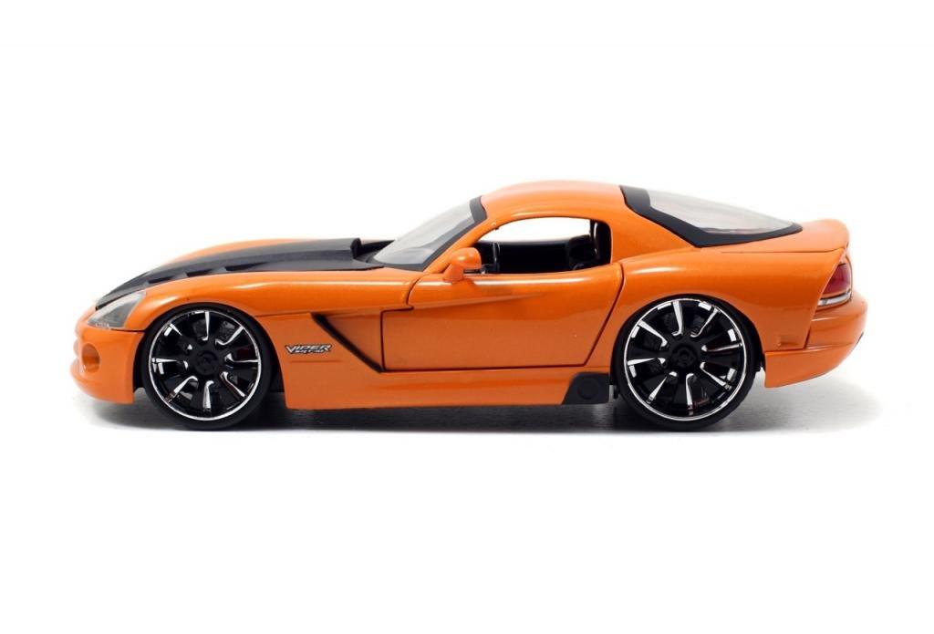 Amazon.com: Jada Bigtime Muscle 2008 Dodge Viper SRT10 1:24 Scale (Orange): Toys & Games