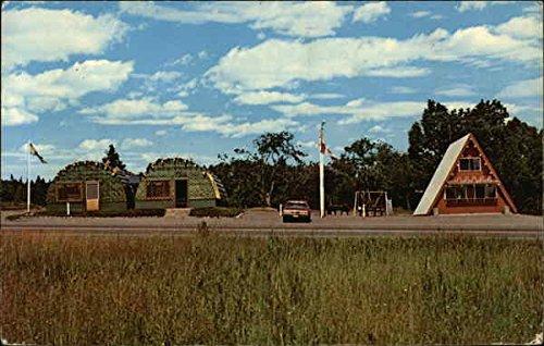 Teepee Postcard (Lobster Traps Gift Shop and Teepee Snack Bar Oak Bay, New Brunswick Canada Original Vintage Postcard)