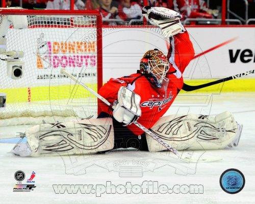 Braden Holtby Washington Capitals NHL Action Photo 8x10 #2
