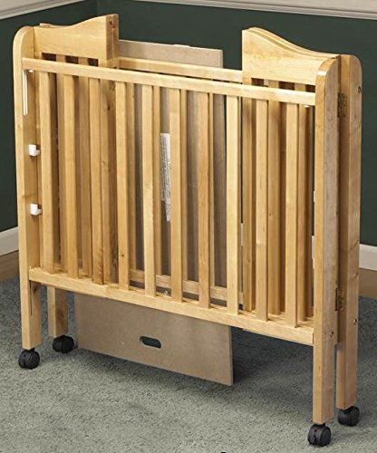 Portable Crib in Natural Finish