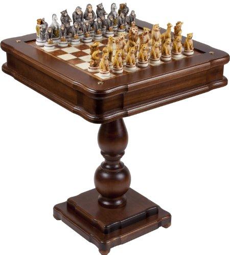(Bello Games Collezioni - Animal Kingdom Alabaster Chessmen & Verona Game Center from Italy )