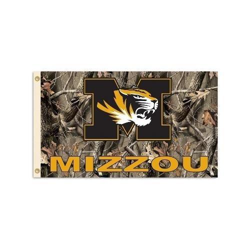 Missouri Tigers 3' x 5' Flag - Realtree Camo Background