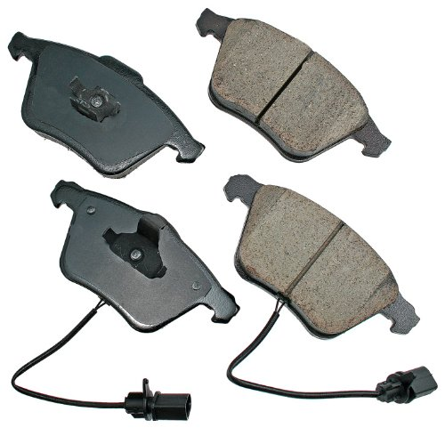 (Akebono EUR1111 EURO Ultra-Premium Ceramic Brake Pad Set)