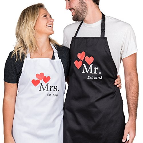 Wedding Apron - His and Hers Couple Matching Aprons - Mr and Mrs Est. 2018 Kitchen Cooking Set with Gift Box - Set of 2 Engagement Wedding Gift Set