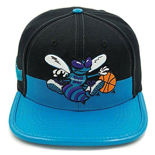 Cap Wool Charlotte (Pro Standard Men's NBA Charlotte Hornets Leather Strapback Hat W/Pin Black)