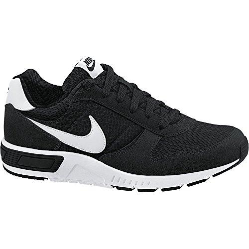 Nike Nightgazer, Men's Running Shoes Black (Black/White)