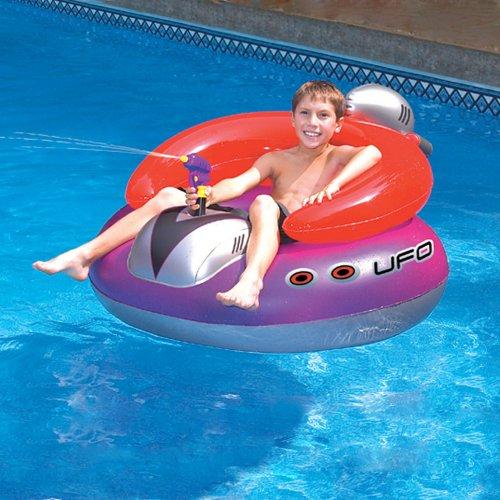 Review Swimline UFO Spaceship Squirter