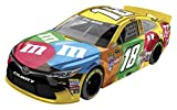 Lionel Racing Kyle Busch #18 M&M's 2016 Toyota Camry NASCAR Diecast Car (1:64 Scale)