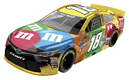 Lionel Racing Kyle Busch #18 M&M's 2016 Toyota Camry NASCAR Diecast Car (1:64 Scale) by Lionel Racing